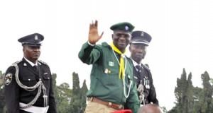 Gov Fashola on parade