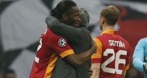 Didier Drogba and his teammates