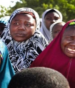 Boko-Haram-.-women-mothers-demonstrate-over-abducted-schoolgirls