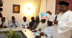 Tom Ikimi, addressing APC Governors