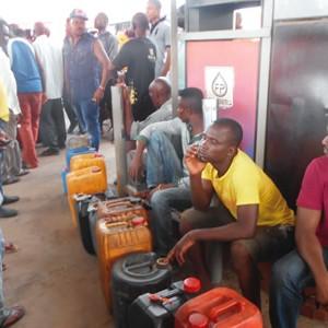 Fuel queues across Nigeria