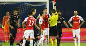 Arsenal's Olivier Giroud red-carded