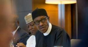 Buhari addressing French businessmen