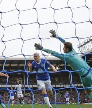Naismith goal against Chelsea