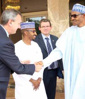 Buhari with Peugeot execs