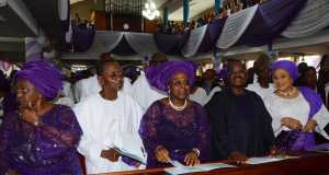L-R-Daughter and Husband of Deceased Prof. & Chief Tolani Oyediran, Ambassador Tokunbo Dosumu, Governor of Oyo State, Abiola Ajimobi and his wife Florence at commendation service for Late Chief HID Awolowo held at the Methodist Chatediral Agbeni, Ibadan on Monday.
