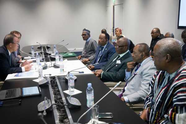 Buhari and other African leaders at the Climate Change Conference in Paris