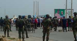 Soldiers on guard in Yenagoa