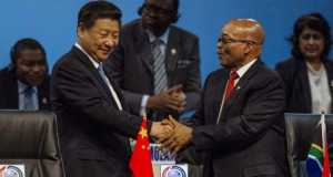 Chinese President Xi Jinping and Jocob Zuma of South Africa