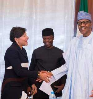 L-R US Secretary of Commerce Ms. Penny Pritzker , Vice President yemi Osinbajo and President Muhammad Buhari, during a meeting in Abuja