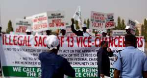 protest-over-sack-of-Vcsprotest-over-sack-of-Vcs
