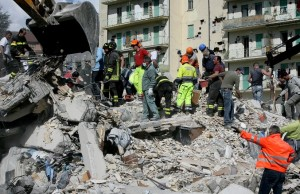 Rescue workers in Italy's earthquake site