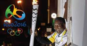 Pele unable to light the Olympic cauldron