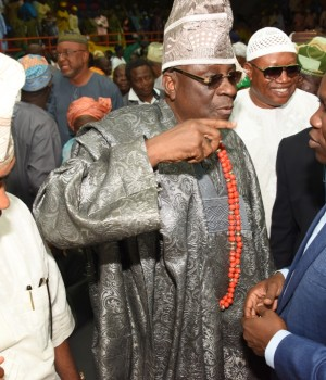 Lagos State Governor, Mr. Akinwunmi Ambode (right), with Oba of Lagos, Oba Rilwan Akiolu I (middle) and former Minister of State for Defense, Chief Demola Seriki (left) during the 3rd Quarter 2016 Town Hall meeting (5th in the series) to render account of stewardship of Governor Ambode's administration, at the Sir Molade Okoya-Thomas Indoor Sports Hall, Teslim Balogun Stadium, Surulere, Lagos, on Tuesday, October 11, 2016.