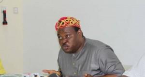 Jimoh Ibrahim-addressing-journalists-in-akure on Monday