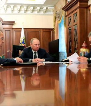 Russia's President Putin, Foreign Minister Lavrov, and Defence Minister Shoigu attend a meeting at the Kremlin in Moscow