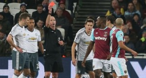 Controversial red card against Sofiane Feghouli.