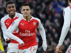 Alexis Sanchez scores Arsenal's crucial goal