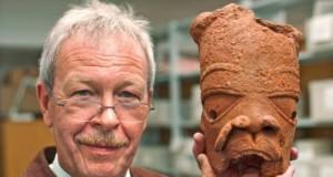 German-Archeologist, Professor Peter Breunij