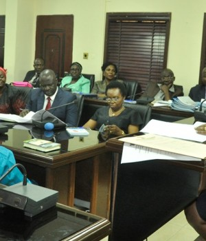 Lagos HoS addressing Ondo Lawmakers