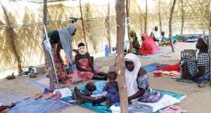 Meningitis patients sleeping on ground in Zamfara