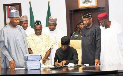 Osinbajo signs 2017 budget