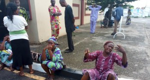 Parents of the kidnapped Lagos Model College, Igbonla students at the governor's office