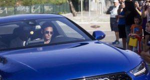 Neymar arriving Barca training camp