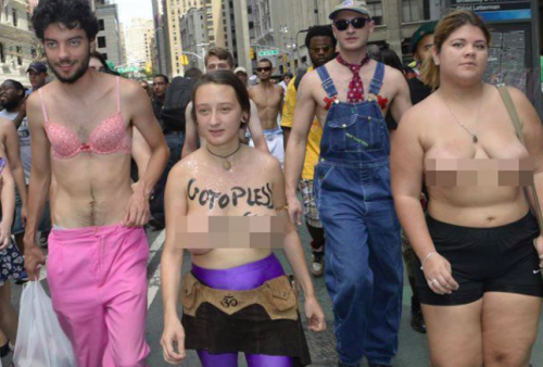 Topless parade in New York