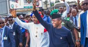 VP Yemi Osinbajo with Gov. Udom Emmanuel in Akwa Ibom