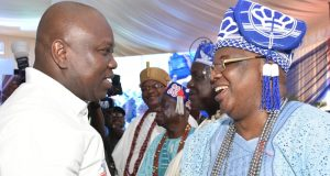 Gov. Ambode and a cross section of Obas