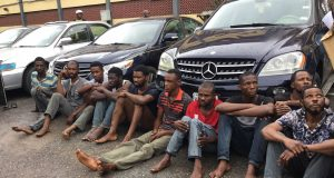 Robbery suspects and their and loots
