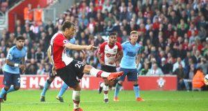 Saints' Manolo Gabbiadini double strikes deny Newcastle victory