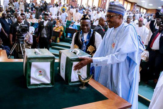 President Buhari presenting the 2018 Budget