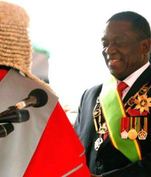 Emmerson Mnangagwa sworn in as Zimbabwe-president