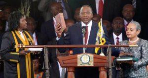 Uhuru Kenyatta takes oath of office as Kenyan President for second term