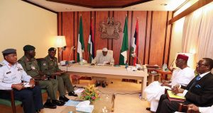 Buhari with Service Chiefs