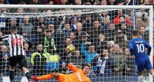 Eden Hazard fires past Newcastle keeper