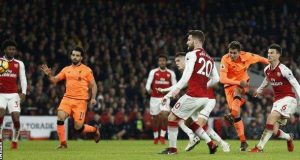 Firmino's last minute shot ensures shared points for Arsenal and Liverpool