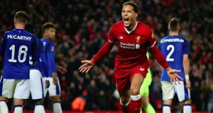 Van Djik scores late winner on debut against Everton