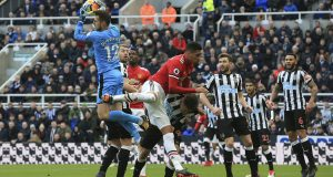 Newcastle outshine Man United