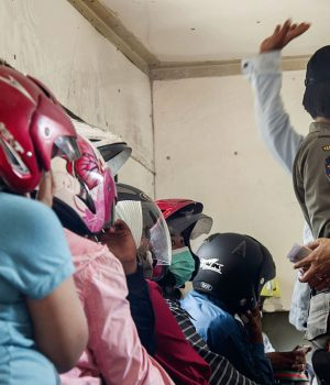 Indonesian police round up Valentine Day couples
