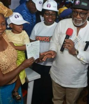 Gov. Akeredolu at the launch of Accelerated Birth Registration