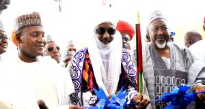 Dangote, Emir Sanusi Lamido and others at the commissioning of Dangote Business School