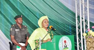 Aisha Buhari addressing the 2018 World Women's Day celebration n Abuja