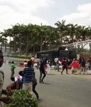 Police-and-Shitte clash in Abuja