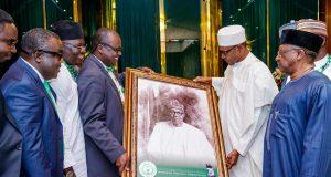 President Buhari with NMA executives