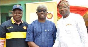 Operations Manager, Shell Nigeria Gas, Niyi Salami; Ogun State Commissioner for Health, Dr. Babatunde Ipaye; and Shell's Regional Community Health Manager, Dr. Akin Fajola, during the Community Care Programme at Ansar-Ud-Deen Practicing School, Ota, Ogun State recently