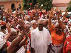 Atiku with women
