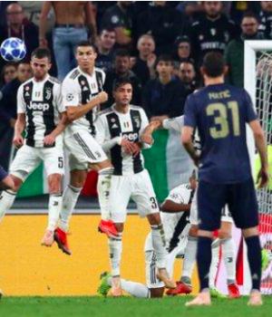 Man United beat Juventus in Turin despite Ronaldo's masterclass